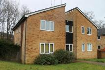 Flat to rent in Estcots Drive...