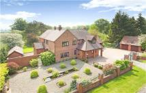 5 bedroom Detached house for sale in Kynnersley Drive...