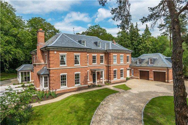 7 bedroom detached house for sale in compton way farnham surrey gu10