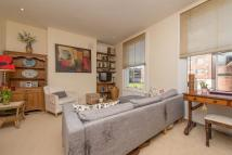 2 bedroom Maisonette in Grafton Road...