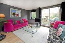 4 bed Terraced property to rent in Castlehaven Road, Camden...