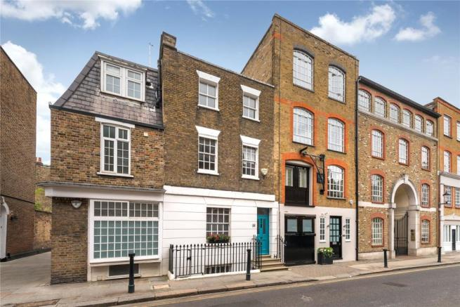 4 bedroom house for sale in old church street chelsea for Classic house old street london