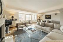 Flat for sale in Cadogan Square...