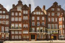 3 bed Flat in Cadogan Square, London...