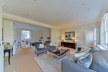 3 bed Flat to rent in Durham Place, Chelsea...