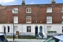 4 bed property for sale in Kensington Court Place...