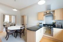4 bedroom Maisonette to rent in Queens Gate...