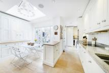 3 bed Terraced house to rent in Campden Street, London...
