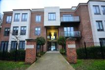 2 bedroom Flat for sale in Whitehall Road...