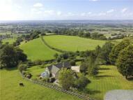 3 bedroom Detached house for sale in Coaley Peak, Coaley...