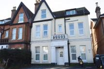 Flat to rent in Carlton Road...