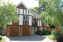 5 bedroom Detached property in Beaconsfield