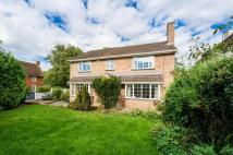 Detached property in Davenant Road, Oxford