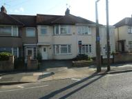 Terraced house to rent in Sutherland Avenue...