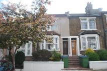2 bedroom Terraced house in Howarth Road, London, SE2