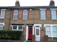 2 bedroom Terraced house in Hurst Road...