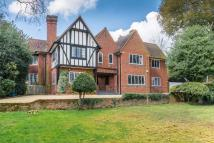 6 bed Detached property in Yewlands, Hoddesdon...