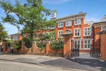 St Giles Hospital Apartment to rent