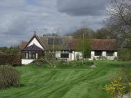 4 bed Detached Bungalow in Wardspring Farm...