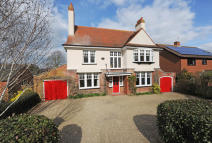 6 bed Detached house in Fairfield Rd, Saxmundham