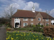 2 bed Apartment in Northfield Court...