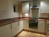 2 bed Ground Flat in Robinson Street...