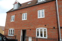 5 bed semi detached property to rent in Ashmead Road, Bedford...