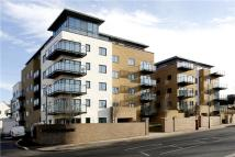 2 bed Flat in Roebuck House...