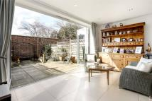 4 bedroom home in Gillis Square, London...