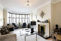3 bedroom Flat in Highlands Heath...