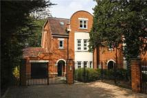 4 bed Detached property for sale in West Hill, London, SW15