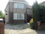 3 bedroom Maisonette to rent in London Road, Romford, RM7
