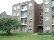 Ground Flat for sale in Longbridge Road, Barking...