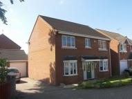 4 bedroom Detached house to rent in Florence Way, Knaphill...