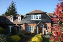 2 bedroom Detached property in Burridge, Nr Winchester