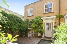 2 bedroom house to rent in St. Matthew's Row...