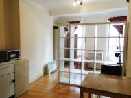 Flat in Goswell Road, London...