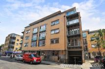 Wheler Street Flat to rent