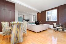 2 bedroom Flat in Crawford Passage...