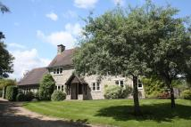 5 bed home in Barkers Hill...