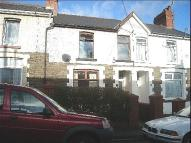 2 bed Terraced home to rent in Llwyn On Street...