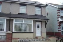 3 bed semi detached home to rent in Hengoed Avenue...