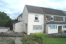 5 bedroom semi detached house in Castle Hill, Gelligaer...
