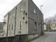 1 bedroom Ground Flat to rent in The Square, Glan Y Nant...