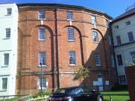 Flat to rent in The Crescent, Gloucester