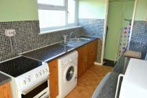 2 bed Flat to rent in Meadowleaze, Gloucester