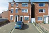 4 bed semi detached property to rent in Castle Street