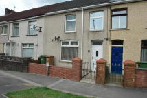 2 bed Terraced house to rent in Penmaen Road...