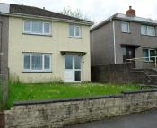 3 bedroom semi detached property in Gainsborough Road...