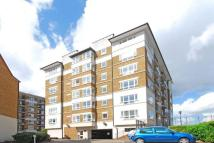 1 bedroom Flat to rent in Princes Riverside Road...